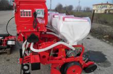 Agromaster Дискова сеялка с тор и хидравлична телескопична рама